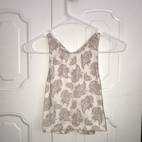 Charlotte Russe Tops - White & purple pasley tank top